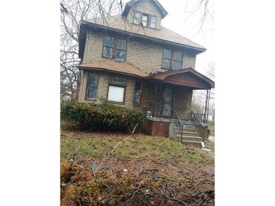 Highland Park Single Family Home For Sale: 200 Richton Street