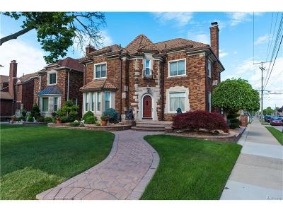Dearborn Single Family Home For Sale: 7006 Oakman Boulevard