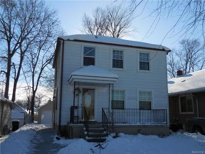 Trenton Single Family Home For Sale: 441 Atwood