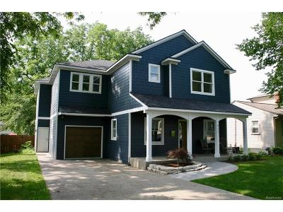 Rochester Single Family Home For Sale: 917 Roselawn Drive