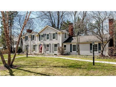 Bloomfield Twp Single Family Home For Sale: 6154 W Lantern Lane