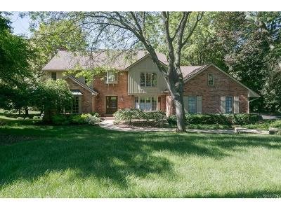 Orchard Lake Single Family Home For Sale: 3216 Bay Shore Drive