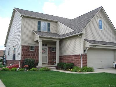 Woodhaven Condo/Townhouse For Sale: 24044 Hemlock Drive