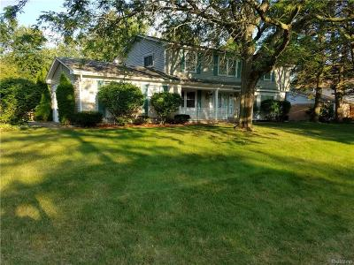 Farmington, Farmington Hills Single Family Home For Sale: 29982 Muirland Drive