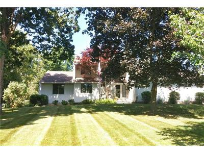 Milford Twp Single Family Home For Sale: 1145 Manderly