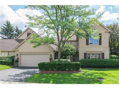Bloomfield Twp Condo/Townhouse For Sale: 536 Cambridge Way