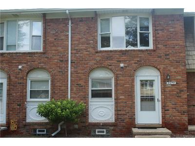 Commerce Condo/Townhouse For Sale: 2679 Kingstowne Drive