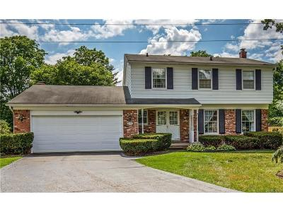 Bloomfield Twp Single Family Home For Sale: 2778 Plumbrook Drive