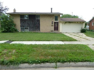 Livonia MI Rental For Rent: $1,300