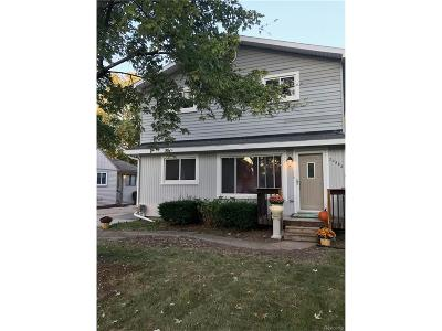Farmington, Farmington Hills Single Family Home For Sale: 22582 Albion
