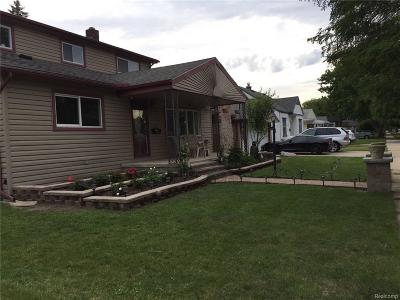 Dearborn Heights Single Family Home For Sale: 4696 Gertrude