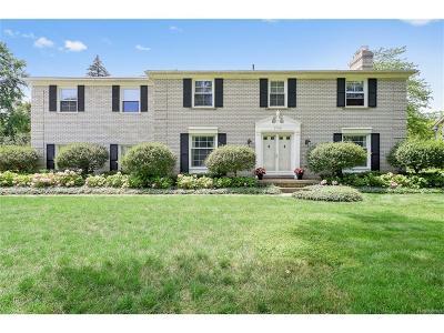 Bloomfield Twp Single Family Home For Sale: 2708 Alveston
