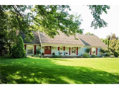 Northville Single Family Home For Sale: 16201 Franklin Road