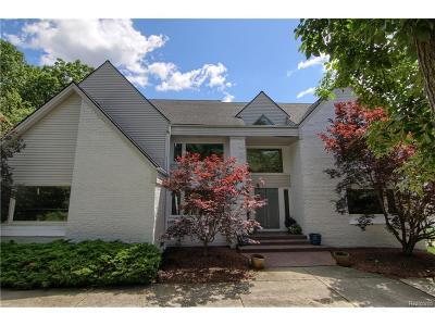 West Bloomfield, West Bloomfield Twp Single Family Home For Sale: 6015 Oak Trail