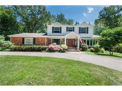 Bloomfield Twp Single Family Home For Sale: 5165 Clarendon Crest Street