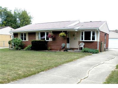 Van Buren, Van Buren Twp Single Family Home For Sale: 10977 Van Buren Street