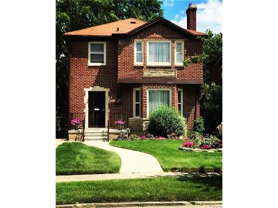 Detroit Single Family Home For Sale: 18416 Birchcrest Drive