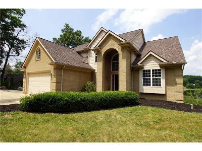 Single Family Home For Sale: 3190 Hillside Drive