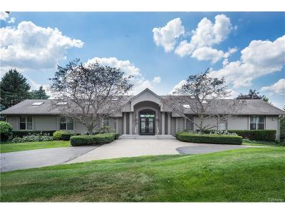 Bloomfield Hills Single Family Home For Sale: 45 Merrimac Court
