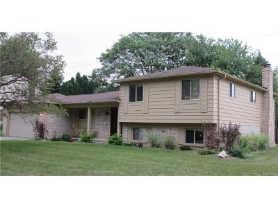 Troy Single Family Home For Sale: 47 Aberdeen Drive