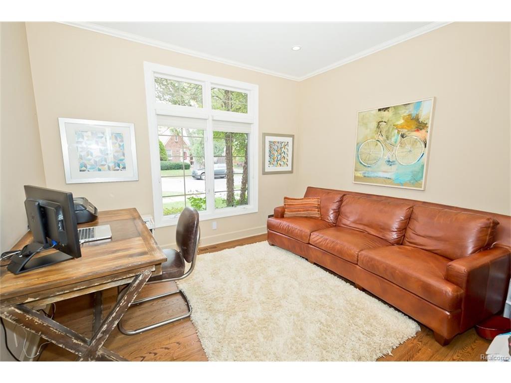 Listing: 10055 Borgman Avenue, Huntington Woods, MI.| MLS# 217069242 ...