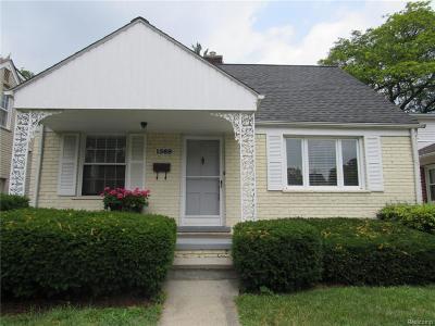 Birmingham Single Family Home For Sale: 1569 Emmons Avenue