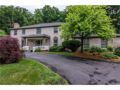 Farmington Single Family Home For Sale: 28444 Danvers Court