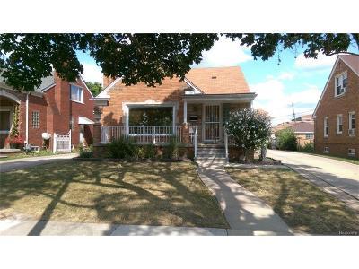 Dearborn Single Family Home For Sale: 7238 Oakman Boulevard