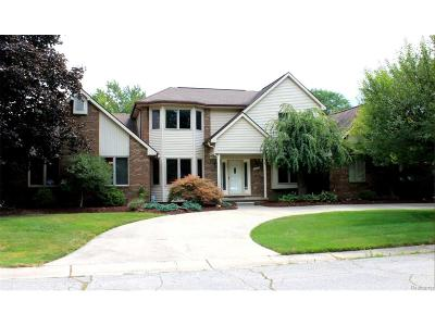 Plymouth Single Family Home For Sale: 8830 Pine Trail Court