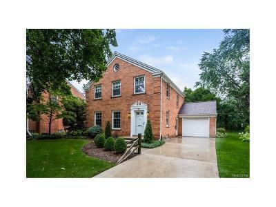 Dearborn Single Family Home For Sale: 7 Branford Lane