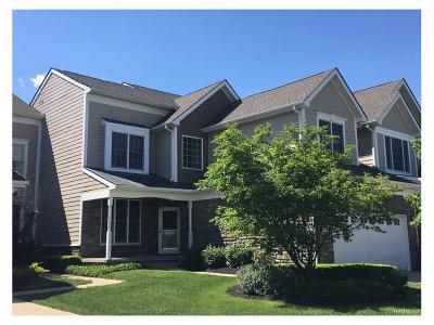 Novi Condo/Townhouse For Sale: 24749 Reeds Pointe Drive