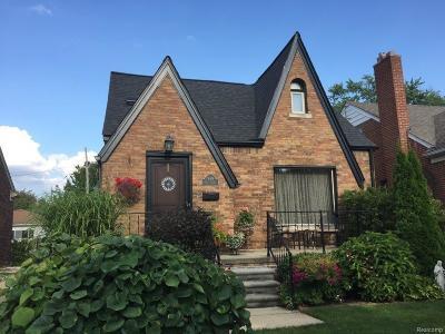 Dearborn Single Family Home For Sale: 940 N Rosevere