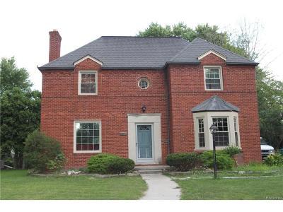Grosse Pointe Park Single Family Home For Sale: 1372 Kensington Avenue