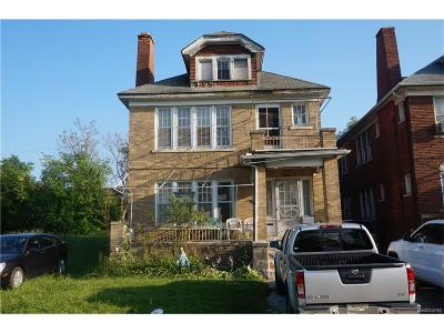 Highland Park Multi Family Home For Sale: 629 W Brentwood Street