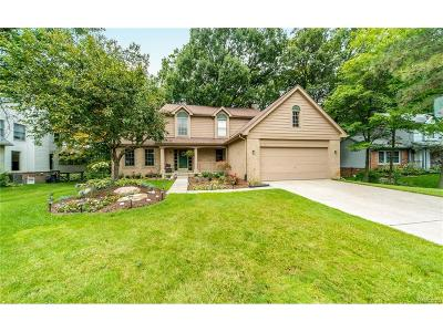 Wixom Single Family Home For Sale: 2368 Hedigham Boulevard