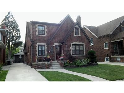 Dearborn Single Family Home For Sale: 7621 W Morrow Circle