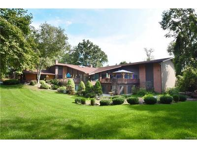 Bloomfield Twp Single Family Home For Sale: 285 W Hickory Grove Road