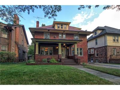 Detroit Single Family Home For Sale: 740 Atkinson Street