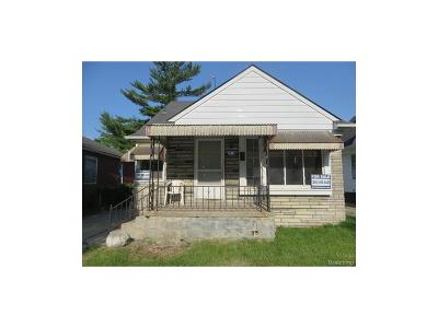 Detroit Single Family Home For Sale: 9585 Forrer