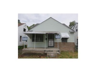 Detroit Single Family Home For Sale: 9221 Burt