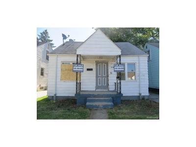 Detroit Single Family Home For Sale: 8080 Grandville
