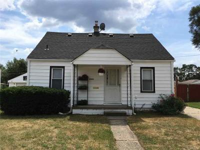 Dearborn Heights Single Family Home For Sale: 24331 Powers Avenue