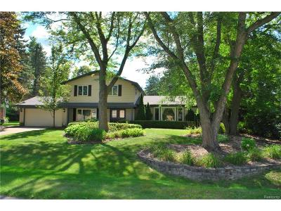 West Bloomfield Single Family Home For Sale: 4289 Macqueen Drive