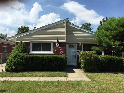 Dearborn Heights Single Family Home For Sale: 4984 McKinley Street