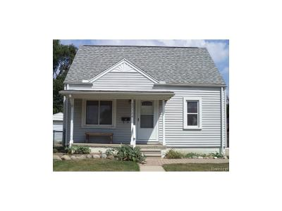 Dearborn Heights Single Family Home For Sale: 20734 Powers Avenue