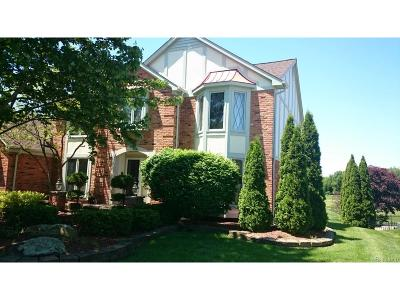 Rochester Hills Single Family Home For Sale: 3081 Burlington