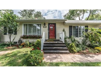 Single Family Home For Sale: 315 S Pinegrove Avenue
