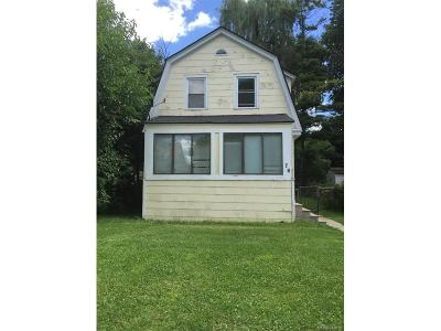 Pontiac MI Single Family Home For Sale: $35,999