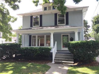 Farmington Single Family Home For Sale: 33709 Grand River Avenue