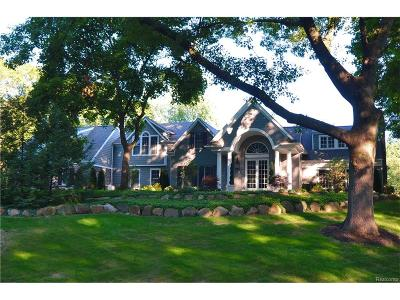 Franklin Vlg Single Family Home For Sale: 31265 Woodside